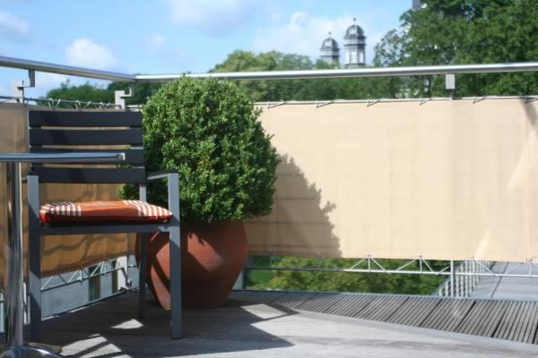 Balkonumrandung 65 x 500 cm Farbe sisal