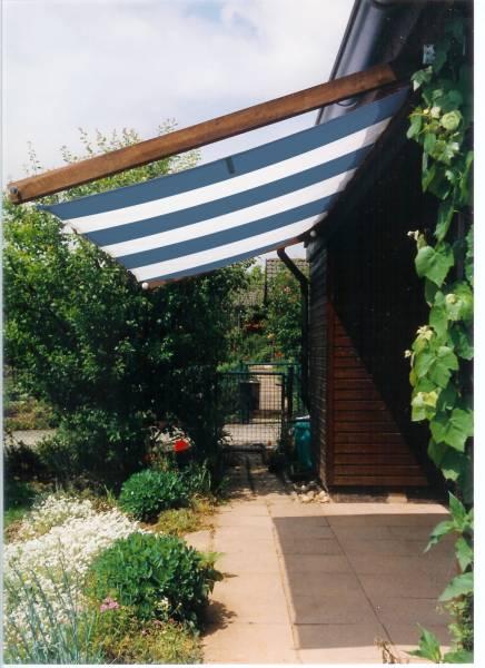 Sonnensegel 270 x 140 cm - Farbe blau-weiß